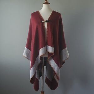 Vince Camuto Burgundy and Gray Poncho with Buckle